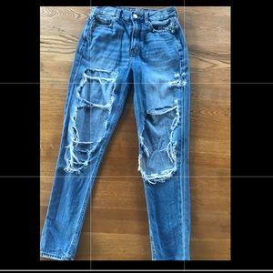 Women's American Eagle Mom Jeans - size 00
